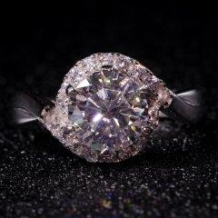 魅力绽放大克拉莫桑钻戒指(戒指*1)【重量:主石重不低于2.0ct、戒圈:活口】