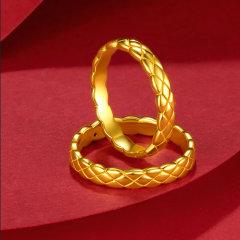 (代发)金贝珠宝-黄金菱格简约时尚光圈交叉菱形情侣对戒 无 9#