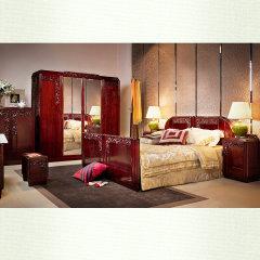 """上海""""允典""""刺猬紫檀海棠花卧房五件套(床*1、床头柜*2、四门衣柜*1、床尾柜*1、赠方椅*2)"""